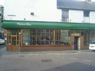 Tuatara Bar