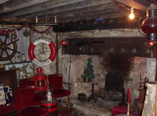 Ancient Ram Inn Stroud Gloucestershire Gl12 7hf Pub