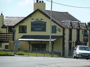 Glyntwrog Inn