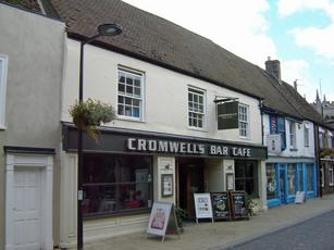 Cromwells Cafe Bar