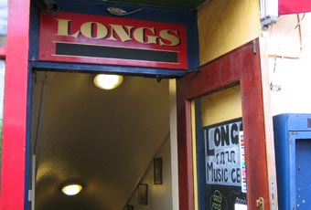 Longs Wine Bar and Bistro / Jazz Cellar