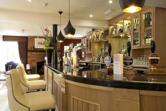 Fox and Hounds Restaurant & Bar