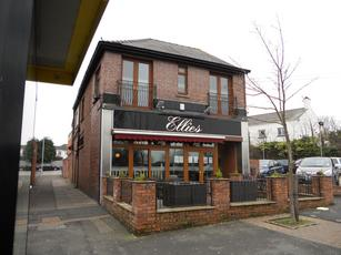 Ellies Wine Bar