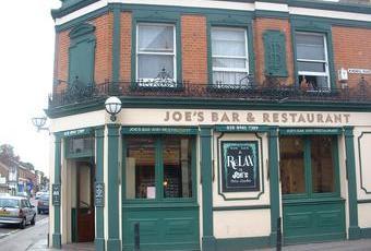 Joes Bar and Restaurant