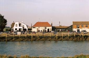 Harbour Inn