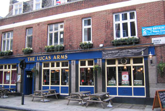 Lucas Arms Kings Cross London Wc1x 8qz Pub Details Beerintheevening Com
