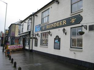 Reindeer Pub & Kitchen