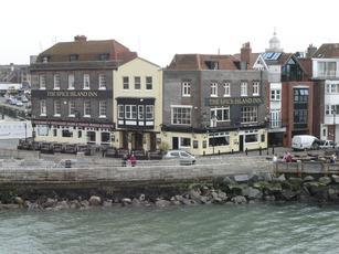 spice island inn portsmouth hshire po1 2jd pub