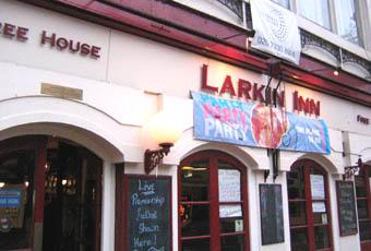 Harveys in the Town / Larkin Inn