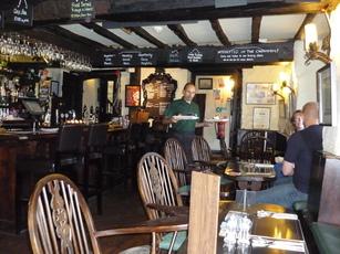 Oxenham Arms Inn
