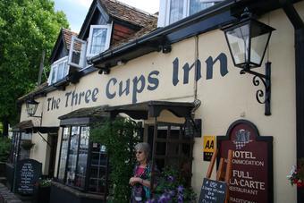 Three Cups Inn
